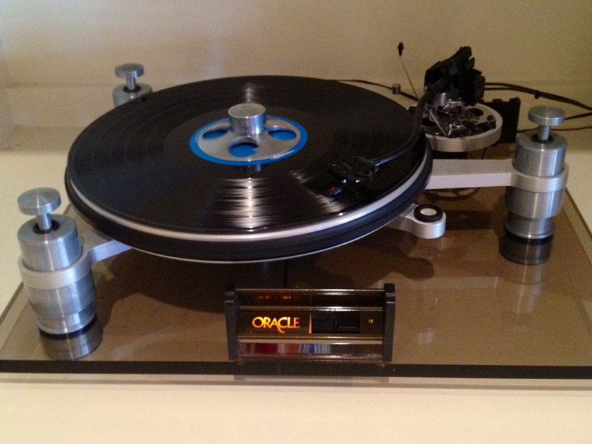 ORACLE Delphi MkII turntable with SME Series III titanium nitride arm , CLASSIC MASTERPIECE