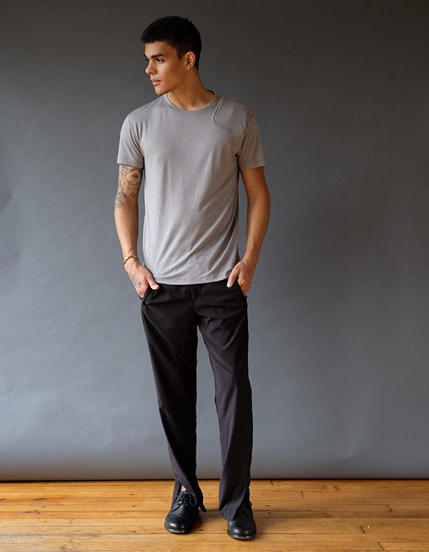 EXPLORER – MODERN TRAVEL MINIMALISM TECH PANT