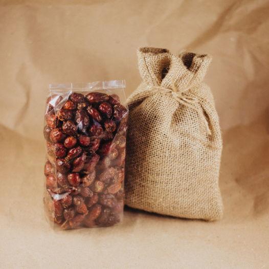 Плоды шиповника в джутовом мешочке
