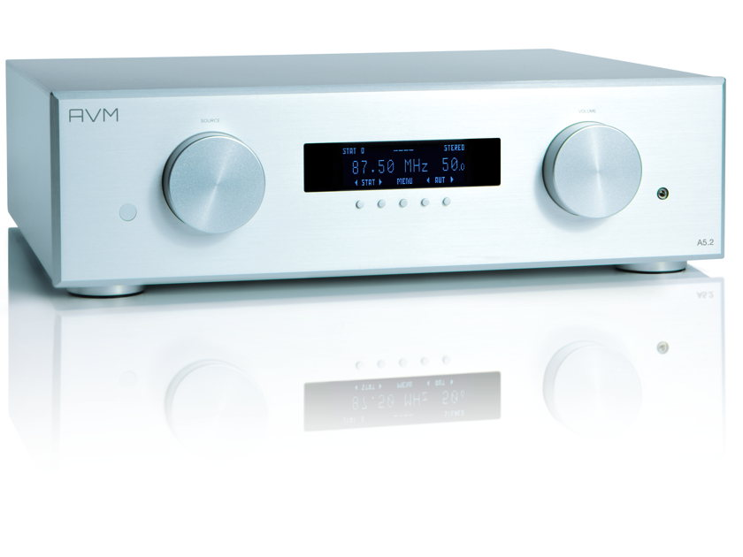 AVM AUDIO GERMANY A5.2 STEREO INTEGRATED AWARD WINNING