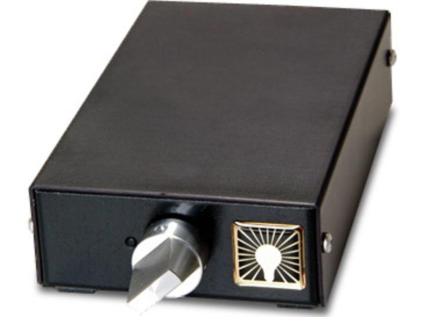 Luminous Audio Axiom or Axiom sig Awesome passive pre amp!