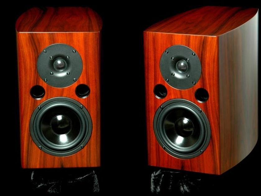 LSA .5 Black New monitors-Now Direct-SAVE 60%