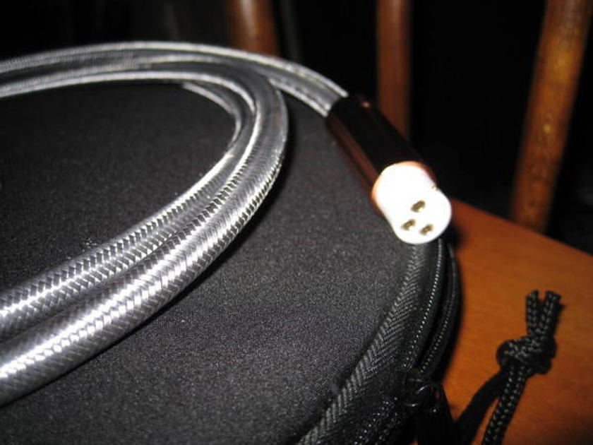 Argento Organic Audio 2m XLR interconnects - mint!