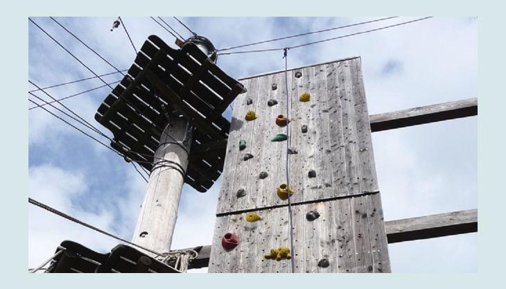 hochseilgarten kletterturm oben