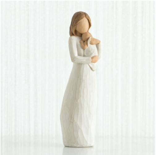 Does your mom love sculpture? If she does, you could get her an Angel of Mine Willow Tree Figurative Sculpture as a Mother's day gift. The shape of a mother holding her child in her arms is so peaceful and meaningful. This sentimental gift will call back unforgettable memories of childhood when your mom hummed a lullaby for you to sleep tight. This keepsake will definitely touch mommy's heart and mind.