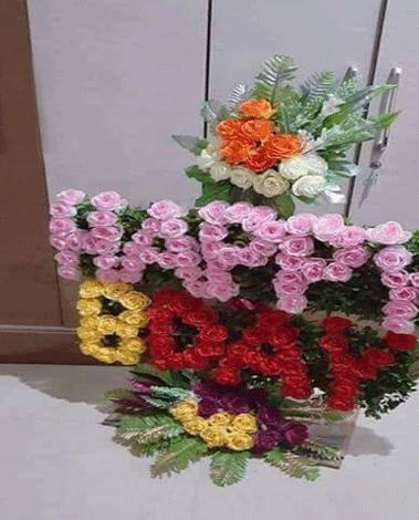 hf Amazing Roses Arrangement