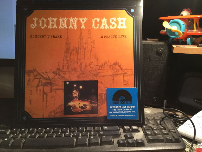 JOHNNY CASH - KONCERT V PRAZE.  IN PRAGUE LIVE SEALED 180 RED GRAM VINYL