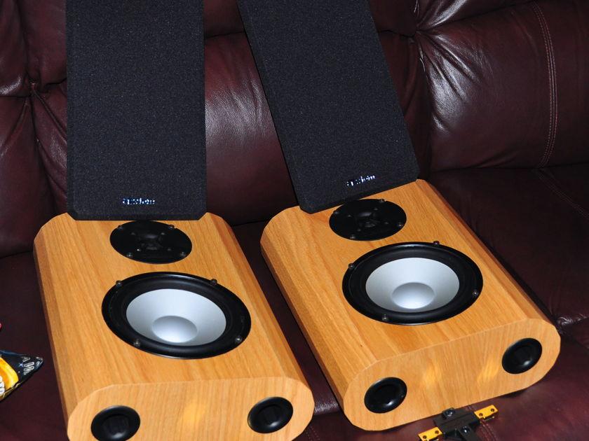 AXIOM AUDIO M3 ON WALL SPEAKERS
