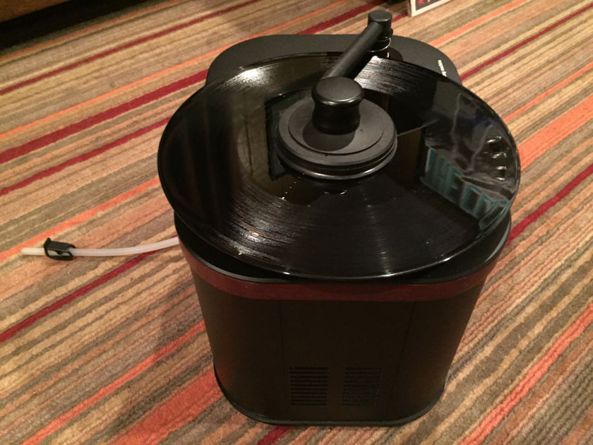 Music Hall WCS-2 Record Cleaner - Great Condition