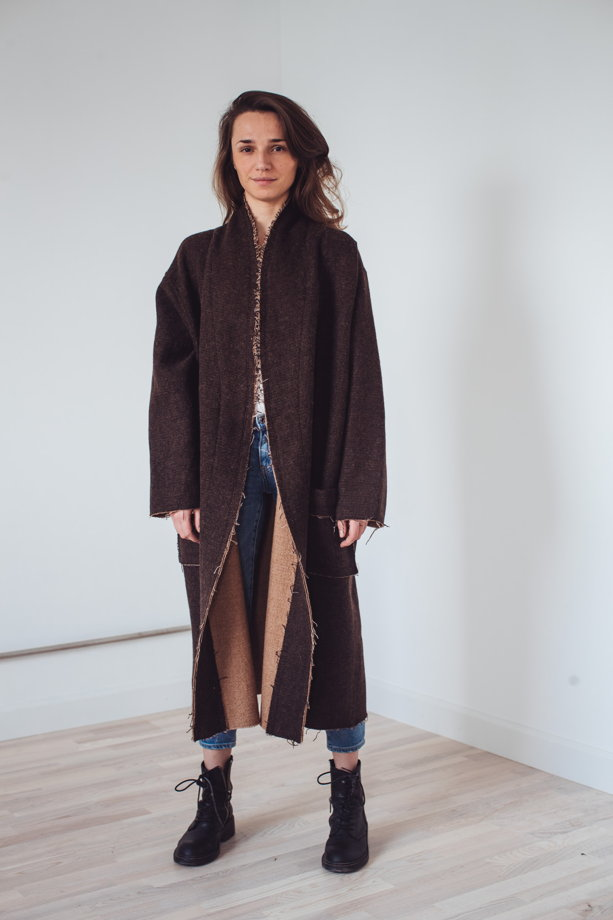 весеннее пальто-халат с необработанными краями *все оттенки коричневого*