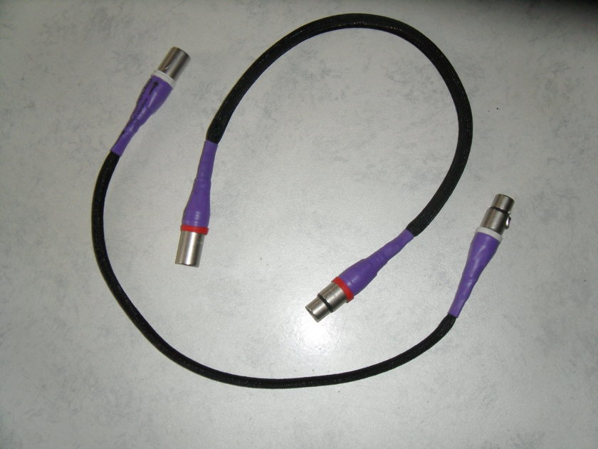 Amadi Cables. Maddie sig.. 2ft. XLR.
