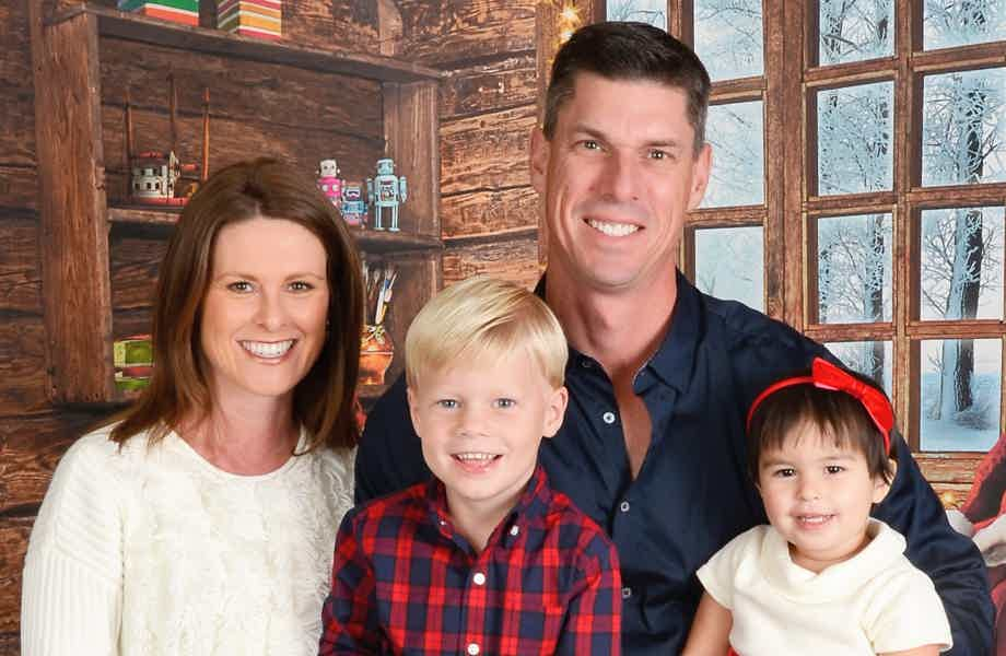 Franchise Owners of Primrose School Chris and Shannan Rolfsen with their family
