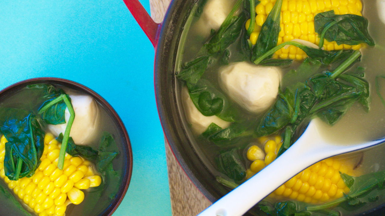 Spinach Soup with Fish Balls