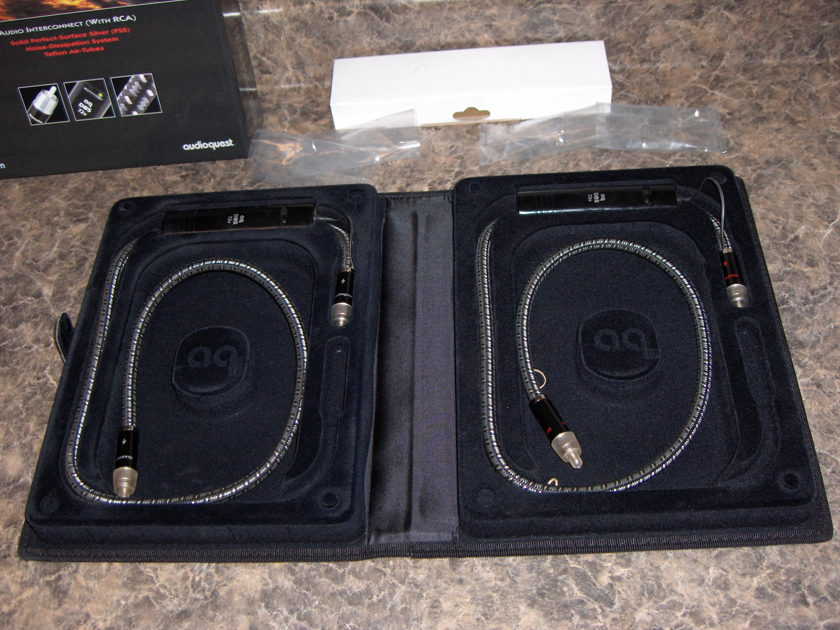 Audioquest Niagra's Stereo RCA Interconnects 1.0 Meter Pair 9/10 Pristine!