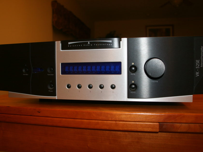 BAT VK-52SE One of the best preamps out there