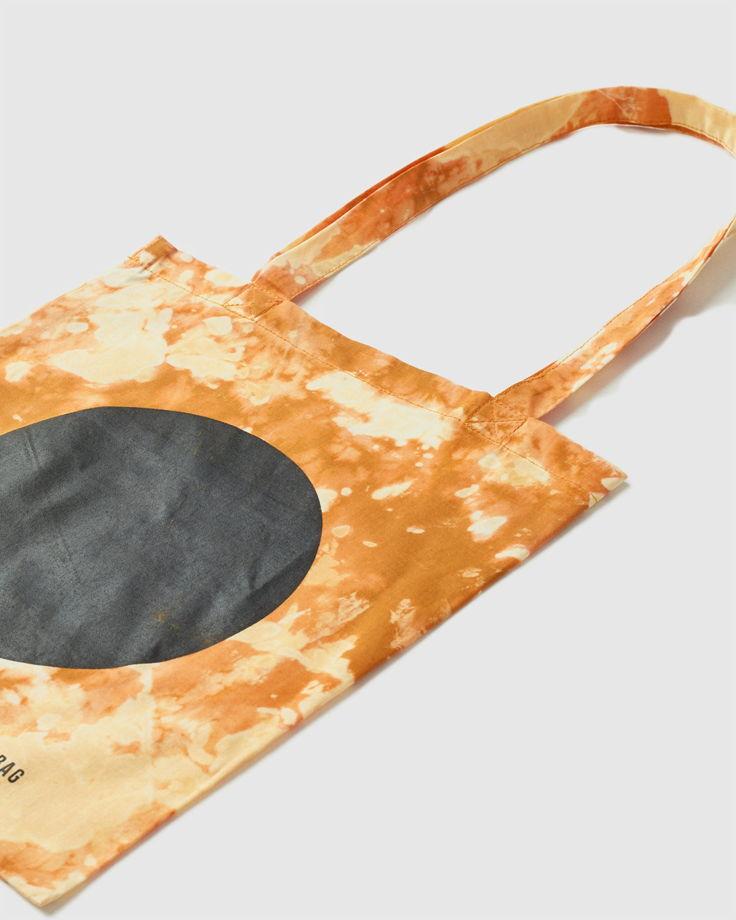 Сумка шоппер tie-dye в цвете охра с принтом FOS сlothes