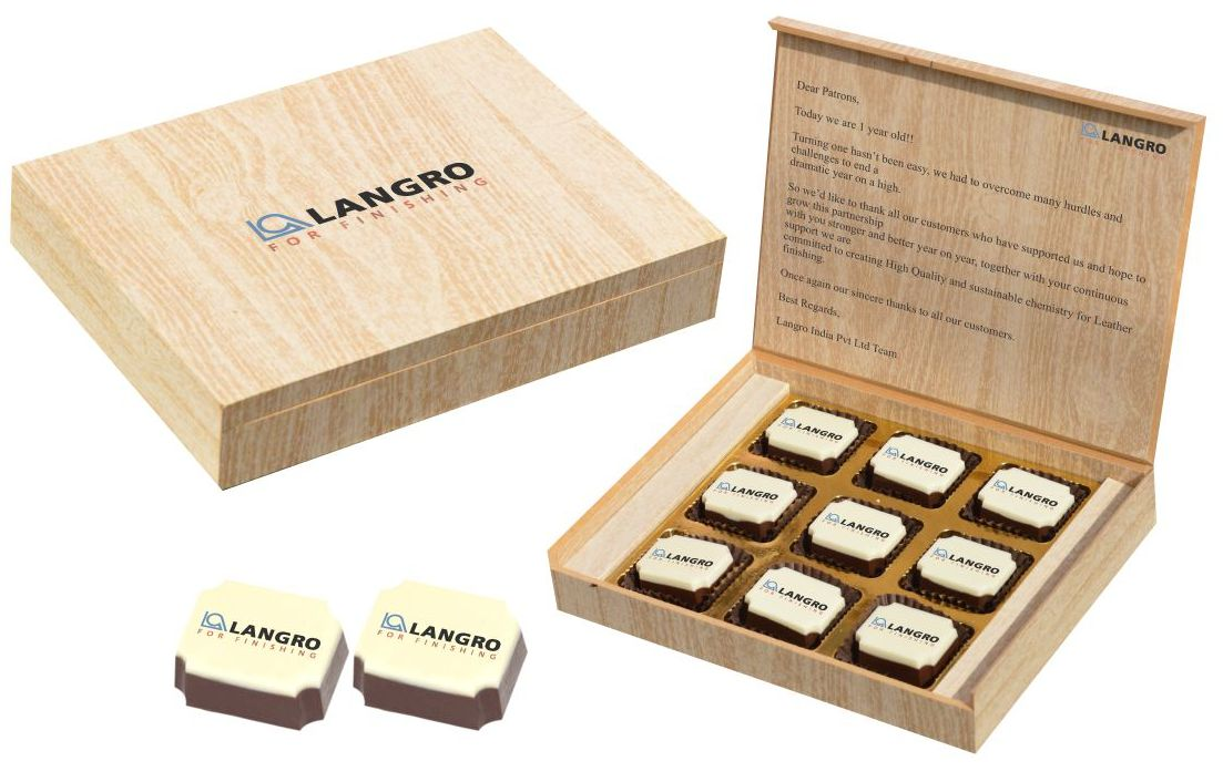 Corporate gifts with customised chocolates