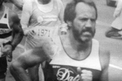 80-year-old Marathon Runner Bolstered by Lifelong Support of Brothers