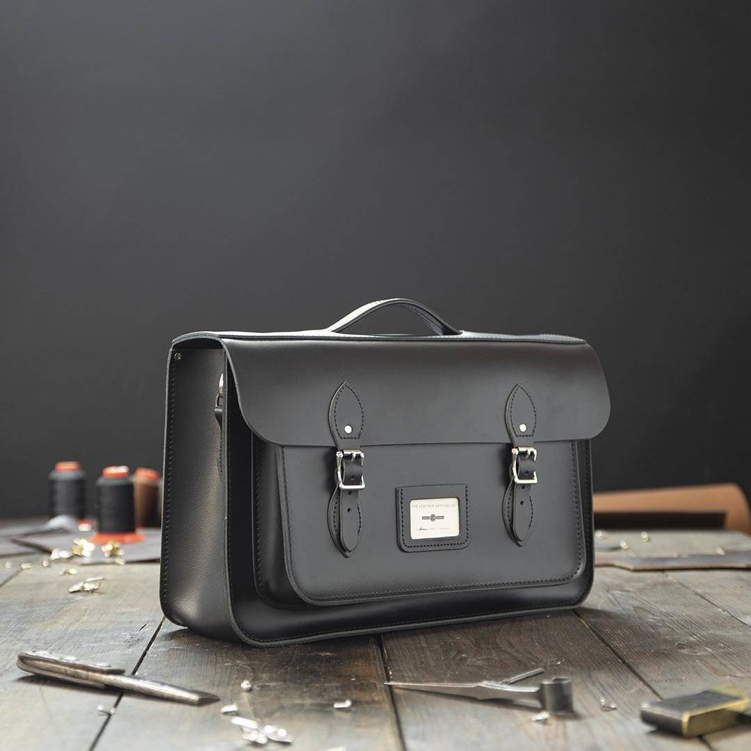 Black 16.5 inch Leather Work Bag