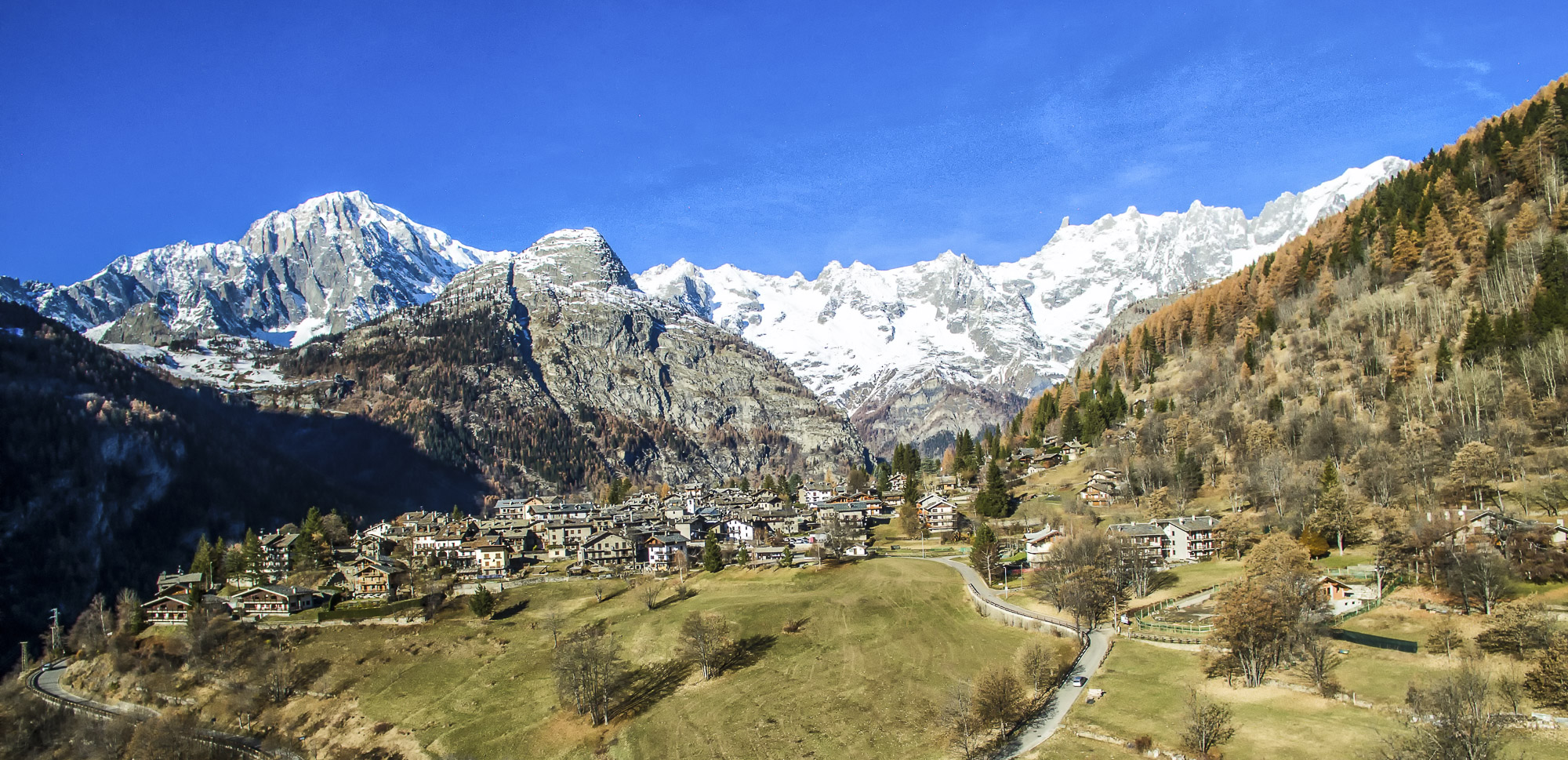 Courmayeur - DJI_0150-Modifica-Modifica.jpg