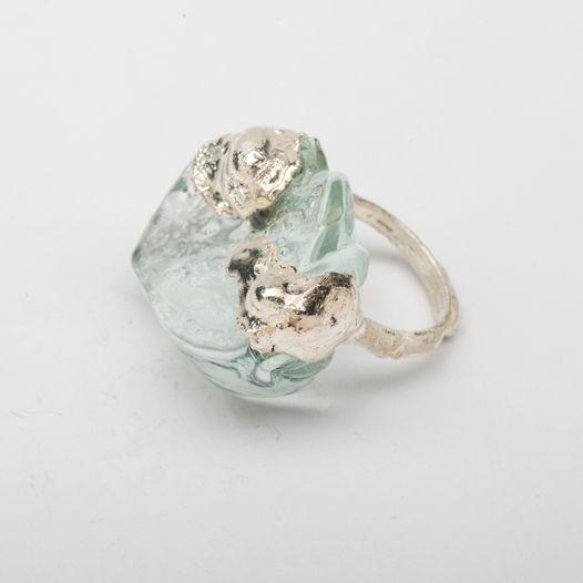 Кольцо из стекла Медуза