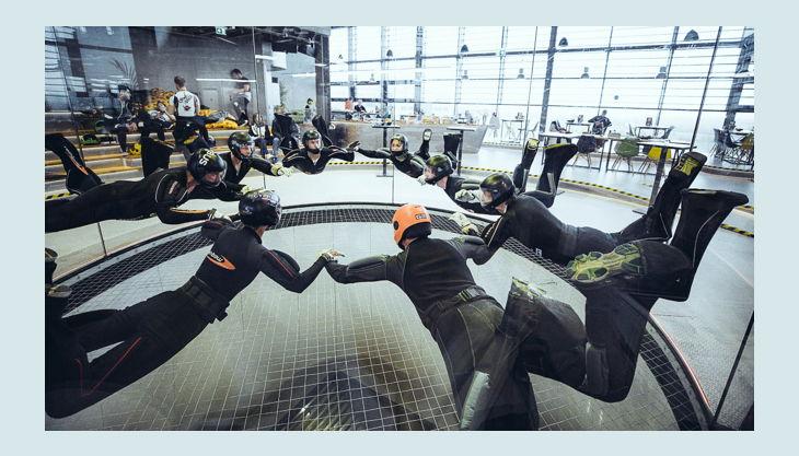 hurricane factory berlin gruppenflug