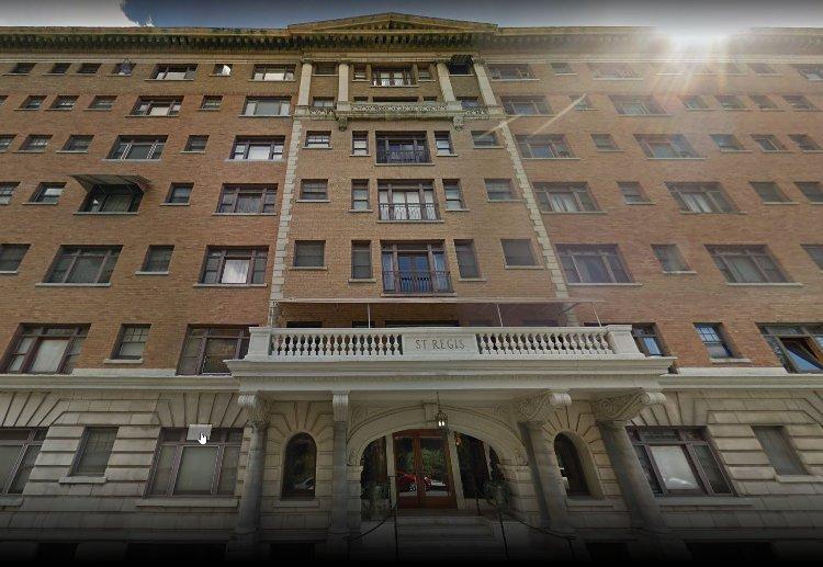 historic apartment - St. Regis Building, Long Beach