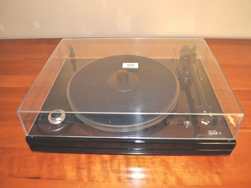 Music Hall mmf-7 Turntable