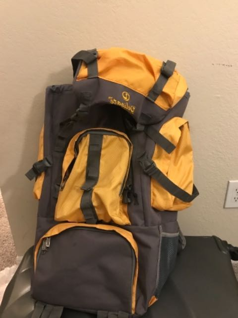 RENTERS BAY: Backpack