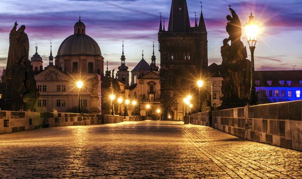 Мистическая Прага в свете газовых фонарей