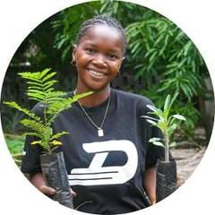 Mitarbeiterin Eden Reforestation Projects