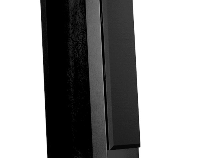 GamuT M5 Speakers black finish *NEW* w/ GamuT Wormhole speaker cable