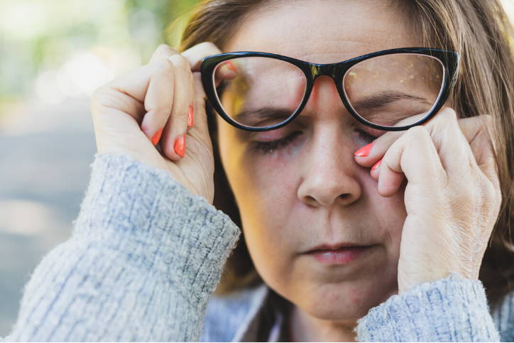 Allergies cause watery, itchy eyes