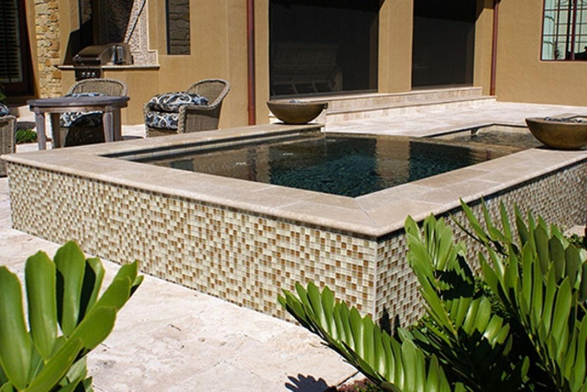 GC82323N1 - Khaki Tan Blend, 1 x 1 Glass Tile