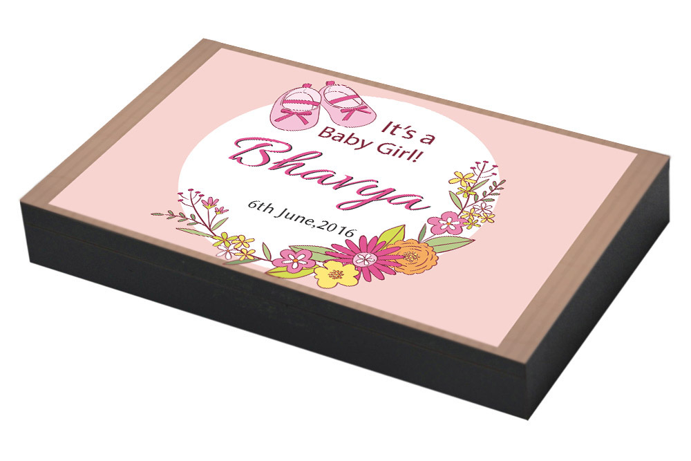 Floral design for girl announcement gift