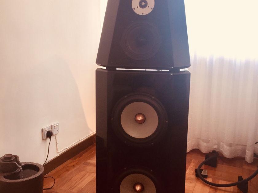 Von Schweikert Audio VR-7 SE
