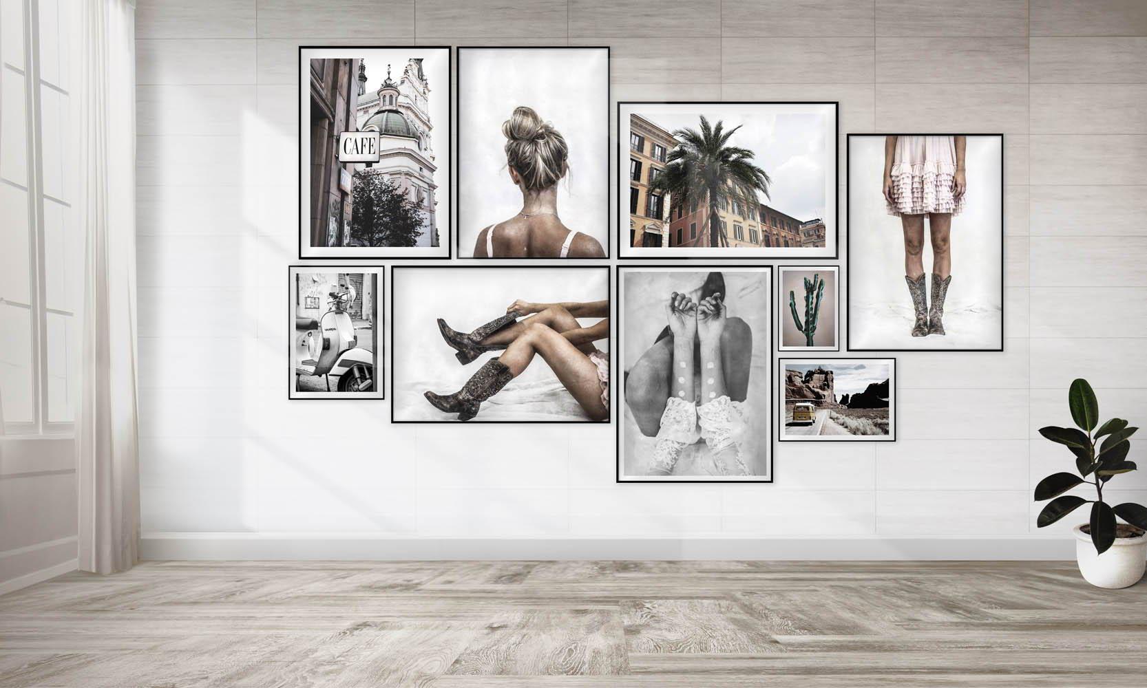 Posters och tavlor som skapar en tavelvägg