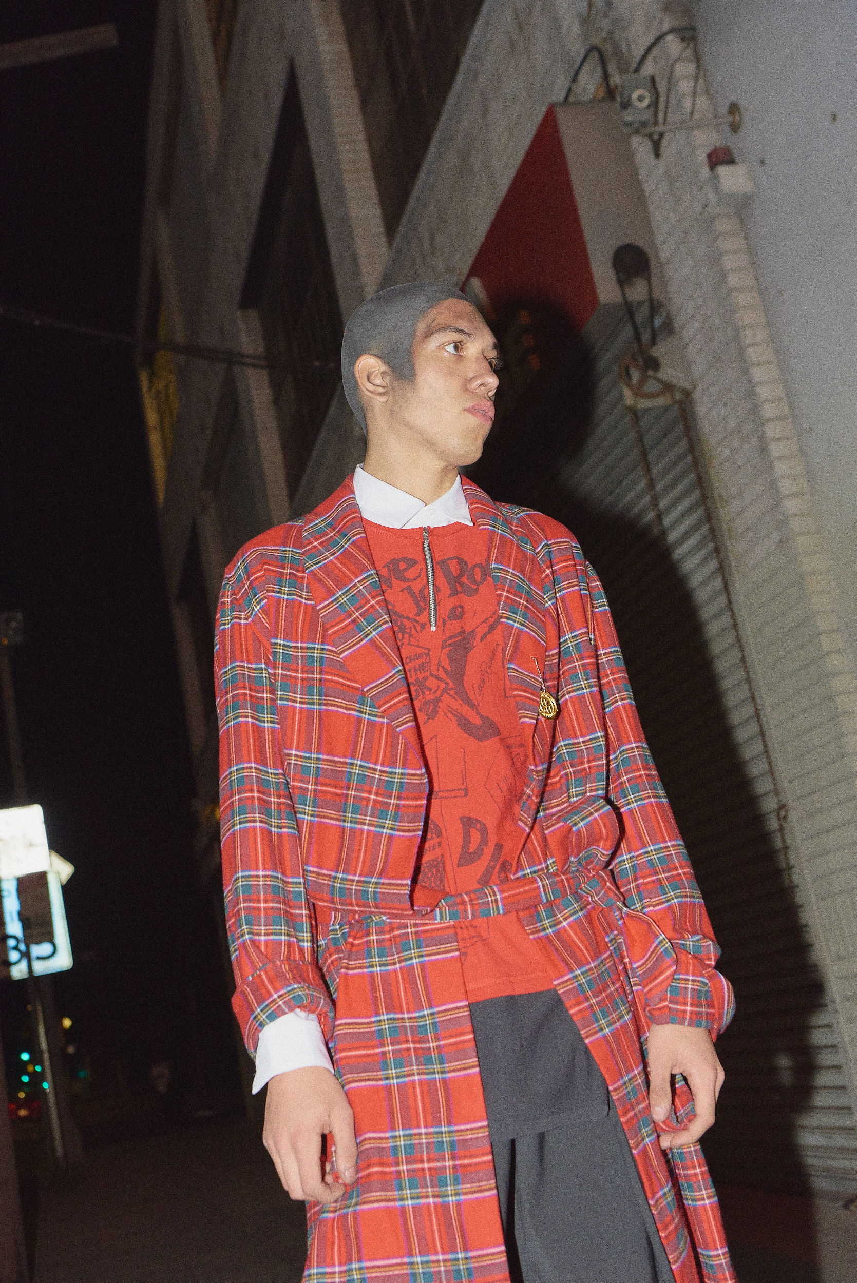 99%is fw17 flannel robe hlorenzo men's shoot