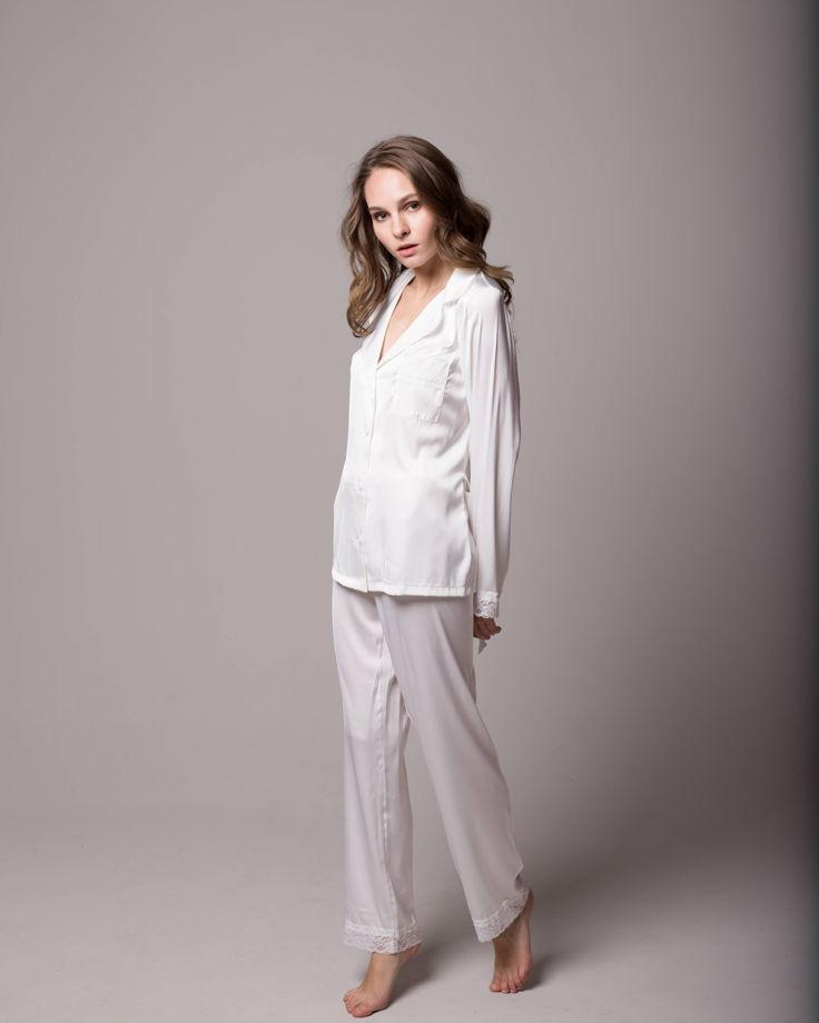 Женская шелковая пижама с кружевом в магазине «Пижамы by Yulia ... e1b7599ea0fdf