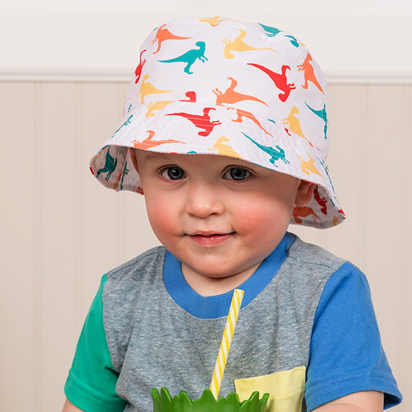 child with toddler boys hats