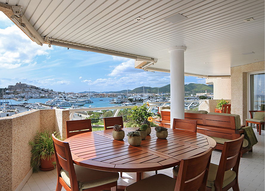 Ibiza - Property for sale overlooking the port (Ibiza)