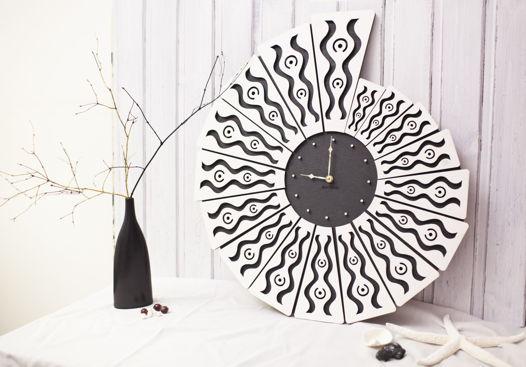 "Настенные часы из дерева ""Shell"""