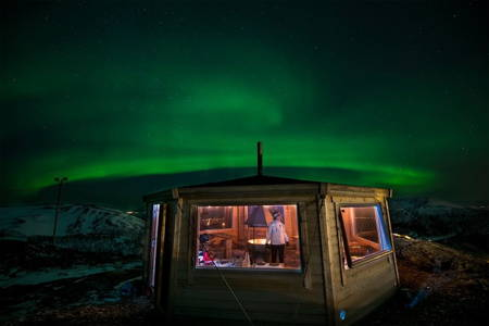 See the Northern Lights at Aurora Summit Lodge