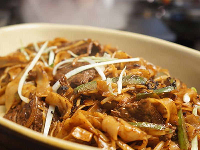 easy beefhorfun noodles  school of wok