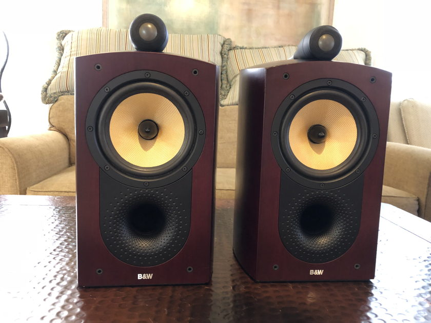 b w bowers wilkins nautilus 805 pair monitors audiogon. Black Bedroom Furniture Sets. Home Design Ideas