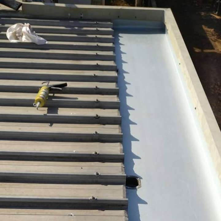 Bring your roof back to life with roof repair in darwin