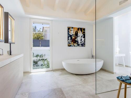 Vasca Da Bagno Divisorio : Idee per il bagno le vasche da bagno indipendenti sono di tendenza
