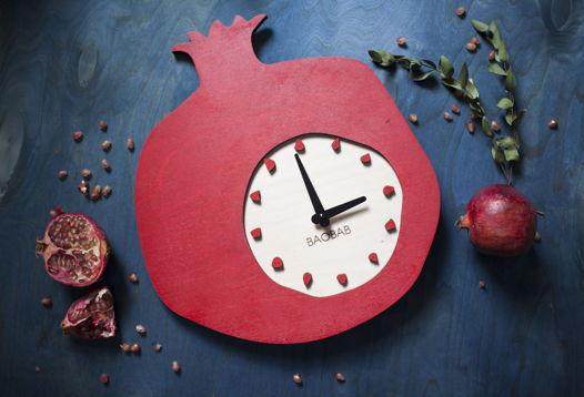 """Настенные часы из дерева """"Granat"""""""