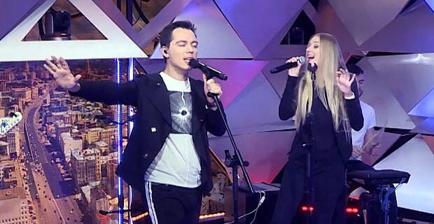 Родион Газманов представил новую песню «Остался» в эфире Страны FM - Новости радио OnAir.ru