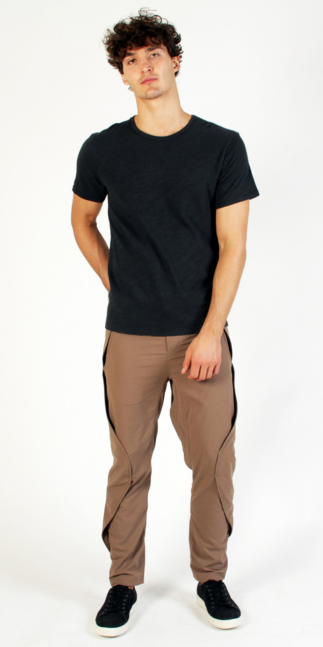 QUEST – EXCEPTIONALLY COMFORTABLE ON THE GO PANT JAVA